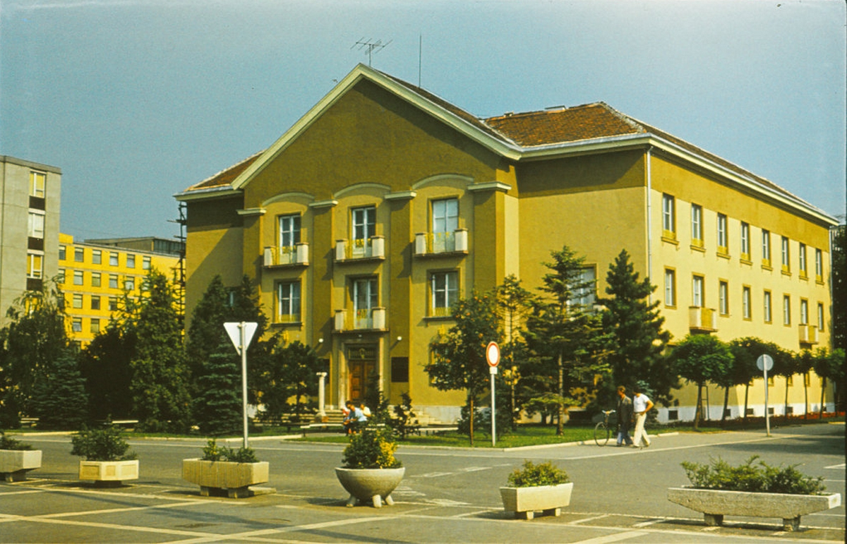 Új intézmény – régi épületben