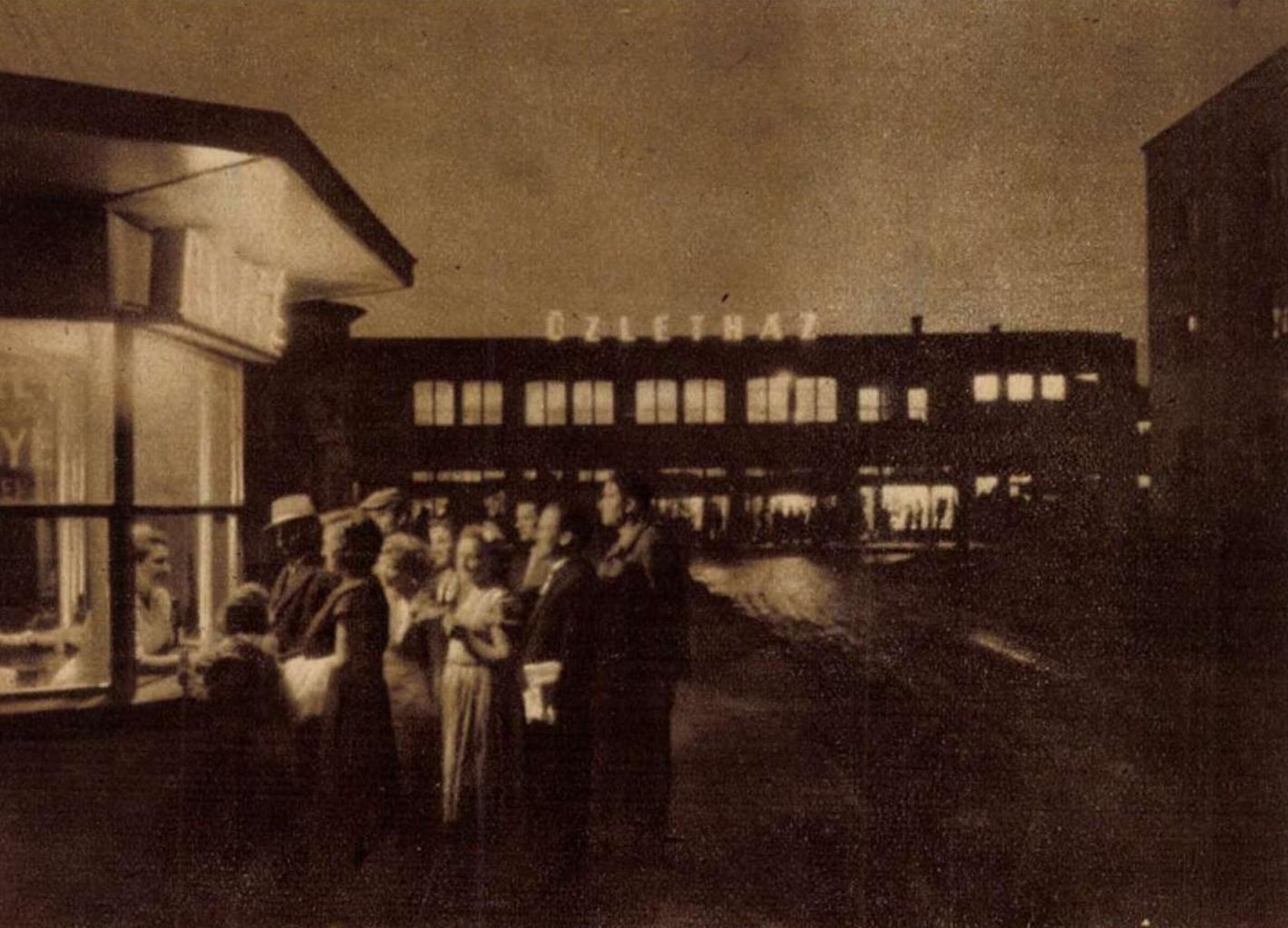 Sztálinvárosi esték