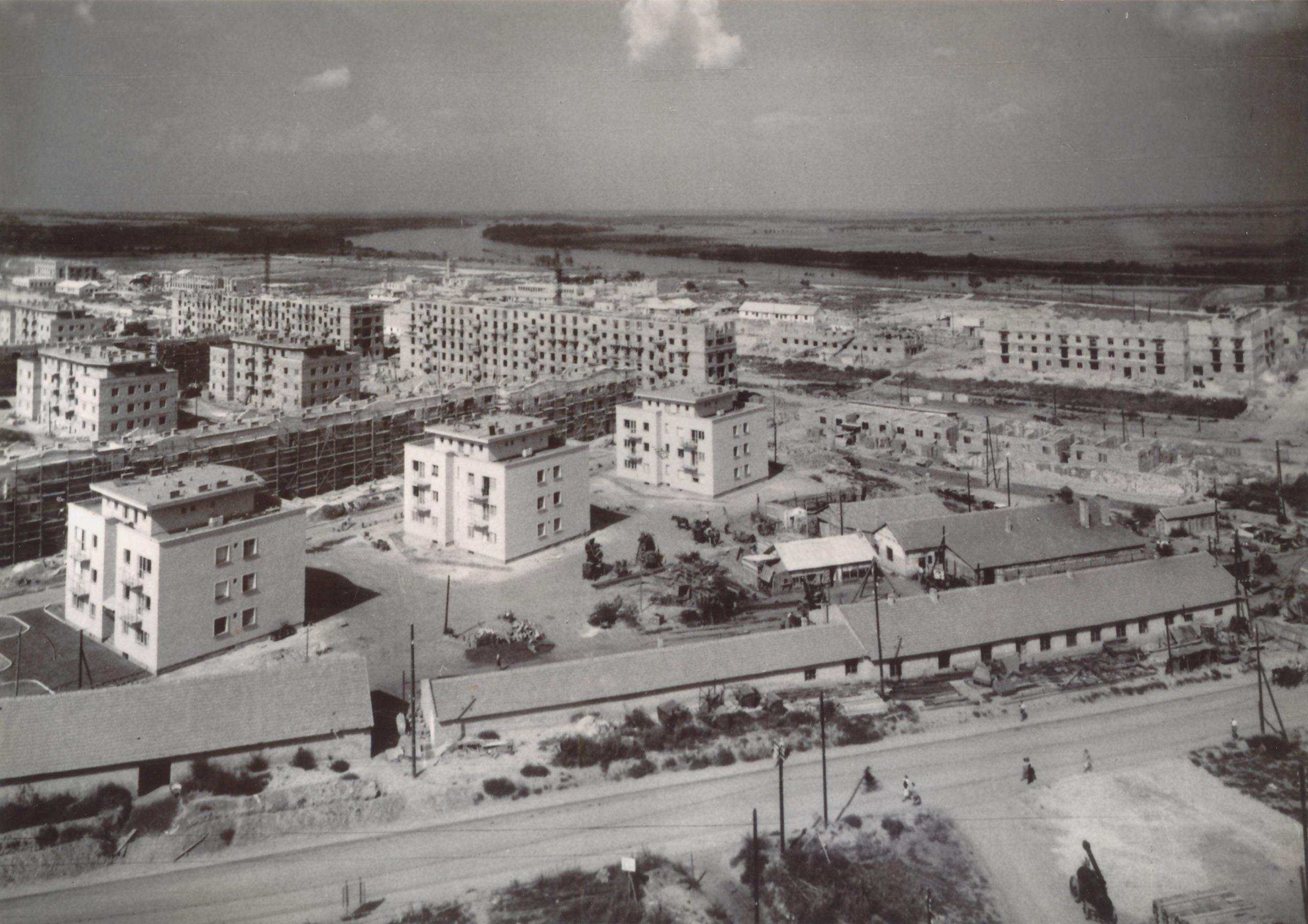Sztálinvárosi emberek