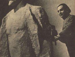 Látogatás a főtéri Lenin-szobor alkotójánál